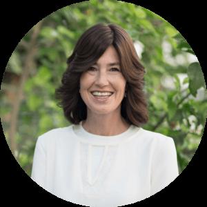 Debbie Sassen Headshot